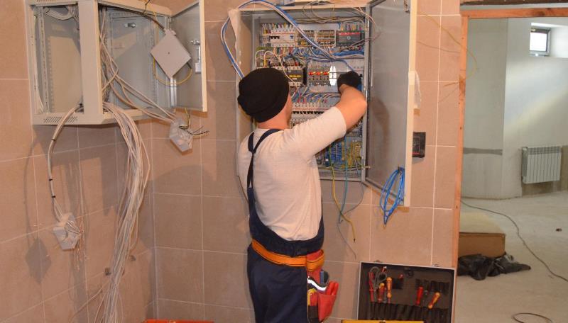 Стоимость монтажа электрики в квартире